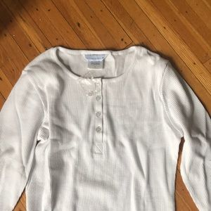 Tops - The company store white waffle Henley